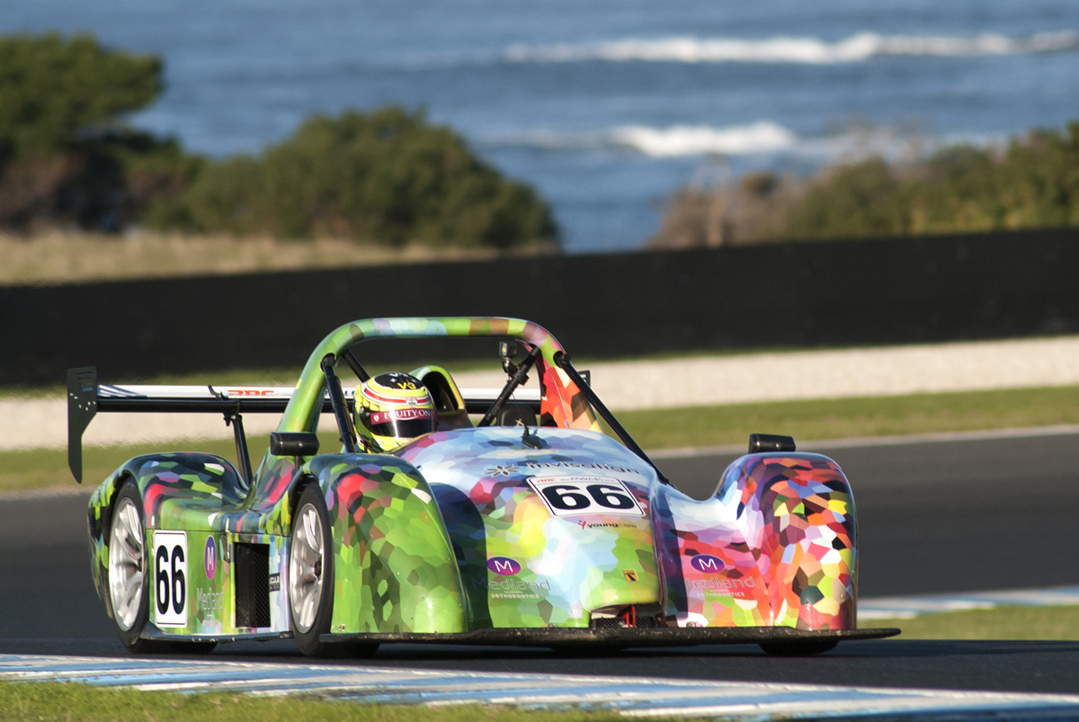 Asianauto com » Radical Australia Cup title on the line at Phillip